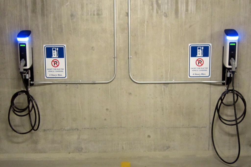 Falsch Parken an Elektroladestationen - was können Sie tun?